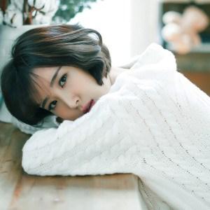 歌手杨烨素颜照