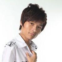 流浪歌手王亮的歌曲图片